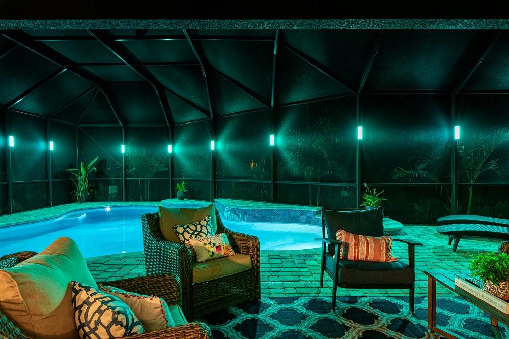 screen enclosure lighting